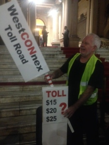 Roads Lobby chooses ratrun rather than toll on way to corporate dinner